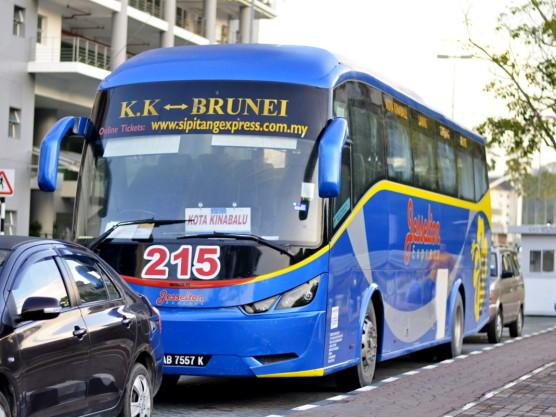 kota-kinabalu-brunei-bus