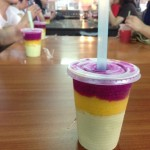 タンジュンアルビーチの3色ジュース