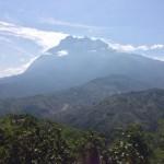 キナバル山は東南アジア最高峰?